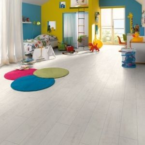 Parchet laminat Egger 8 mm Stejar Luberon - 1,98 MP